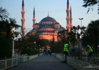 Blue Mosque @ Dusk_5