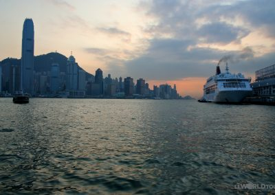 HK-Dusk at Harbor_1