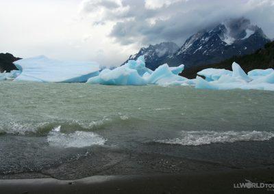 Lago Grey_13